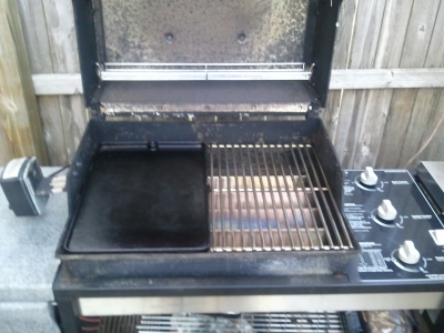 Weber replacement grill parts keep my old grill is still going strong